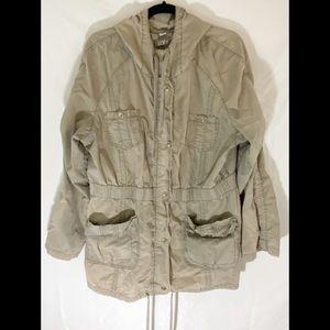 ❤️3/20 LOFT Khaki Zip Up Jacket
